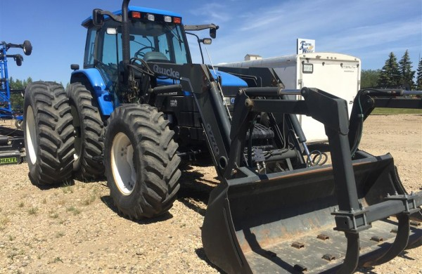 2002 New Holland TM165 Tractor