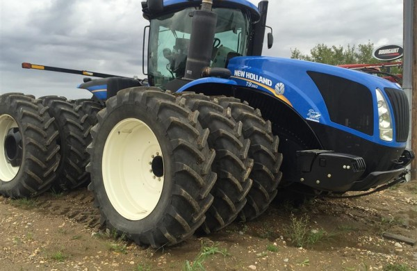 2012 New Holland T9.560 Tractor