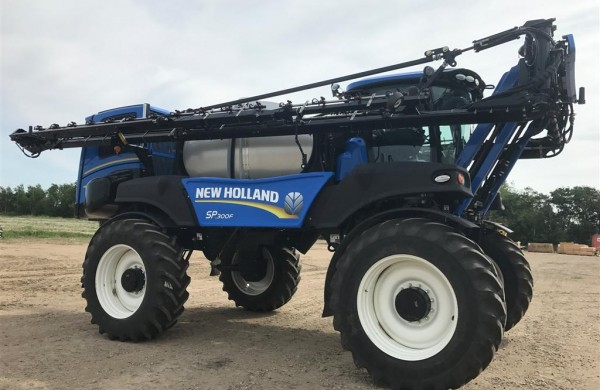 2016 New Holland SP.300F Sprayer