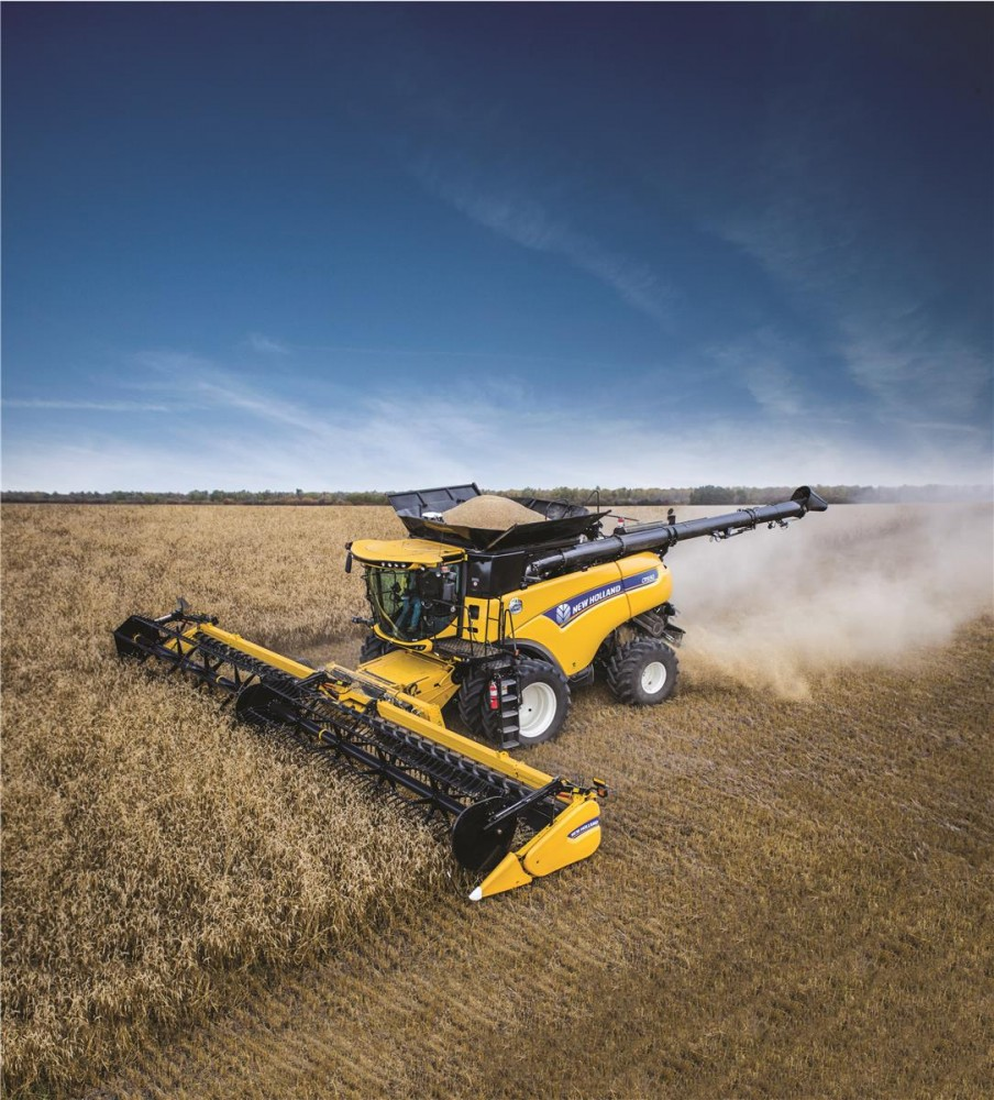 2015 New Holland Cr9 90 Elevation And 2015 John Deere S690
