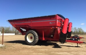 2017 Unverferth 1317 Grain Cart