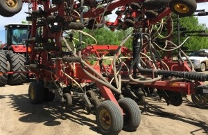 2010 Bourgault 3310 Air Drill