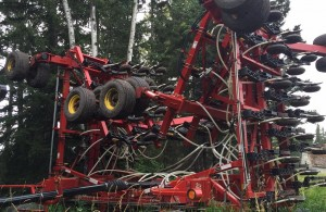 http://farmworld.ca/used-equipment/view/3290729-bourgault-air-drill-3310