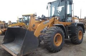 http://farmworld.ca/used-equipment/view/3357878-case-ih-tractor-521f