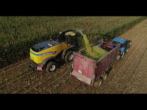 Superior Harvest Quality: New Holland FR780 Forage Harvester