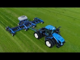 Machinery Minute: T9 AutoCommand Tractor